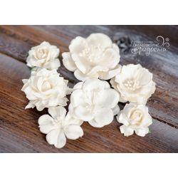 White set flowers 7 pcs